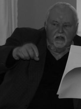 Dr. Walter Siegert