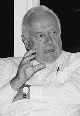 Dr. Klaus Blessing