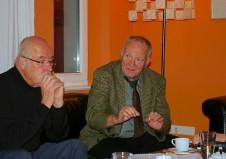 Gleich von Beginn an ergänzt Prof. Dr. Jörg Roesler den Vortragenden und fungiert so als Sidestepper