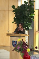 Prof. Dr. Mechthild Schrooten gibt eine historische Einführung in die Thematik.