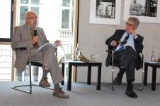 Prof. Dr. Dr. Karl Döring und Heinz Dürr auf dem ersten Podium
