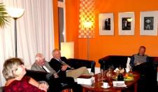 Herr Jeschke, Herr Dehmel, Katrin Rohnstock und Professor Roesler im GD-Salon