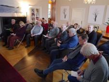 Das gespannte Publikum startet ohne Pause in die angeregte Fragerunde.